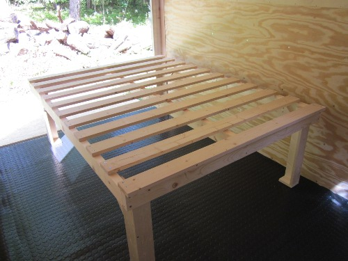platform bed plans – instructables, Build a queen size platform bed ...